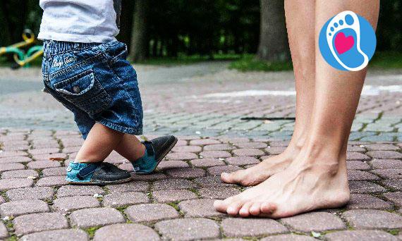Pierwsze kroki dziecka w butach dla dzieci typu barefoot :: Sklep Bosa Stópka